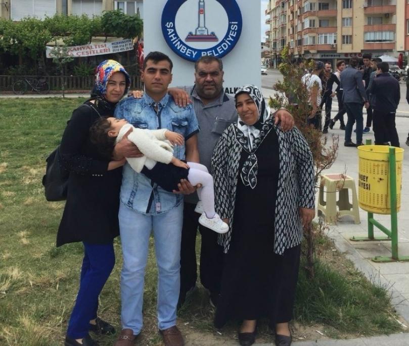 Tahmazoğlun'dan Mehmetçiğe sürpriz Anneler Günü hediyesi