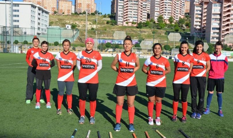 Gaziantep Polisgücü sporcularından Gazişehir'e destek