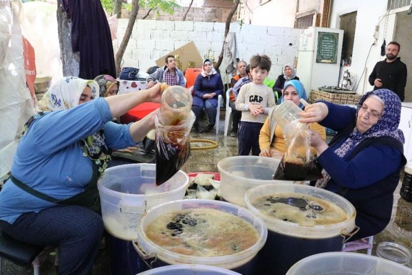 Güneydoğu'nun doğal kolası iftar ve sahur sofralarının vazgeçilmezi