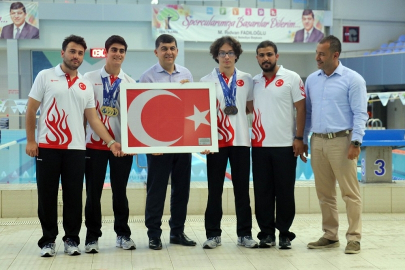 Denizi olmayan Gaziantep'ten Avrupa Yüzme Şampiyonluğuna
