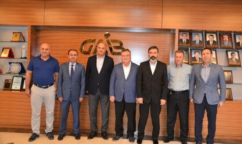 GAİB'te halıcıların sorunları masaya yatırıldı