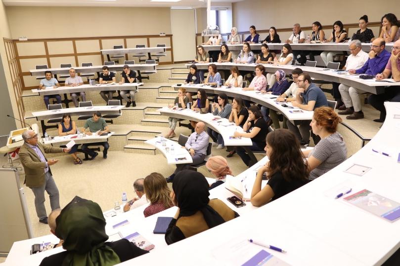 HKÜ eğitim fakültesi akademik kurul toplantısı gerçekleşti