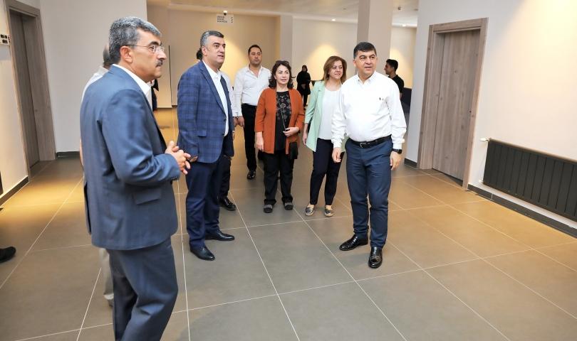 Başkan Fadıloğlu, meclis üyeleriyle hizmet alanlarını gezdi