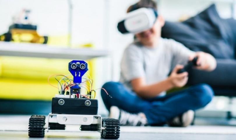 Eğitimde sanal gerçeklik teknolojisi nasıl kullanılabilir?