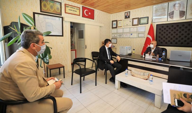 Başkan Fadıloğlu, 4 mahalle muhtarını ziyaret etti