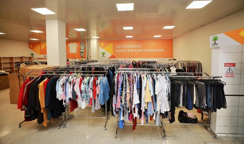 Şehitkamil'de 334 bin 200 parça kıyafet toplandı