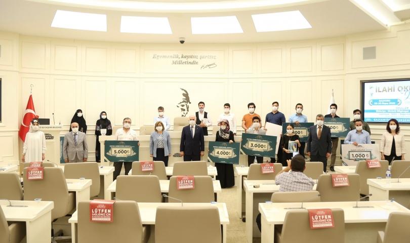 Kur'an'ı Kerim okuma yarışması ödül töreni düzenlendi