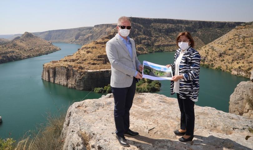 Rumkale'ye Türkiye'nin en büyük cam teras'ı yapılacak