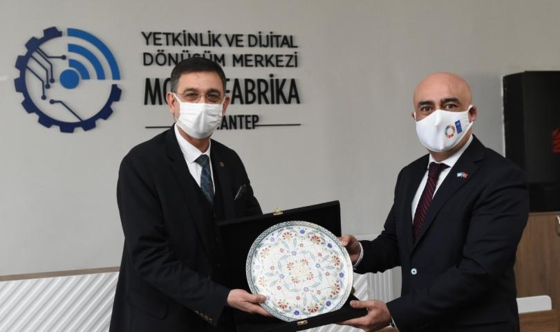 Suhrob Hocimatov'dan , Gaziantep Model Fabrika'ya ziyaret