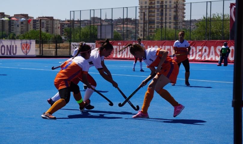 Türkiye Hokey Kadınlar Süper Ligi'nde 2. Gün maçları tamamlandı