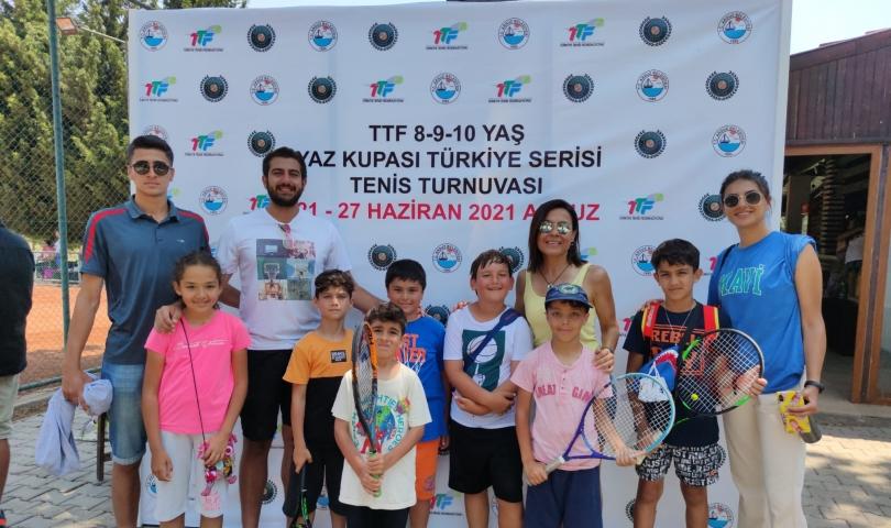 Antalya ve Hatay'da düzenlenen şampiyonalarda Büyükşehir rüzgarı esti!